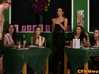 फेम्डम सीफएनएम reverse गिरोह bang को waiters
