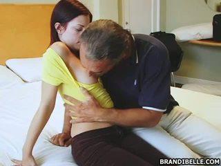 wiercenie nastolatków pussy, seks oralny, wysysających cock