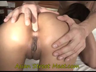 Asiática jovem grávida inkpad
