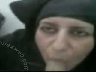 Hijabi madura arab golpe trabajo