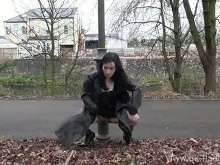 Fae corbins аматьори flashing и на открито мадами публичен nudity и outragious exhi