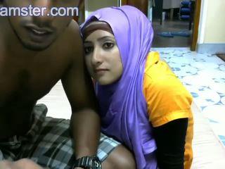 Женени srilankan двойка