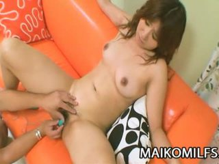 Hitomi fujiwara καυλωμένος/η ιαπωνικό μαμά πατήσαμε