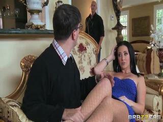 brunete, hardcore sex, trieciens darbu