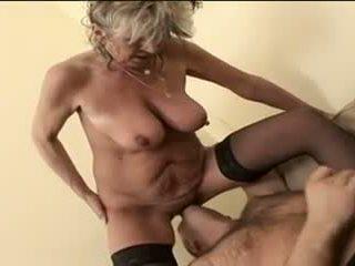 좋은 큰 가슴, 할머니, 재미 hd 포르노 뜨거운
