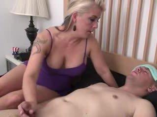 Step-mom helps хворий step-son