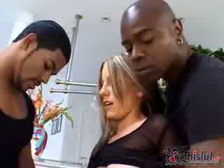 Laya Leighton knows how to please a gu...