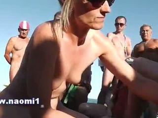 手コキ フェラチオ 公共 ビーチ