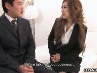 사무실 여자 aiko nagai 에 a 꼬인 삼인조