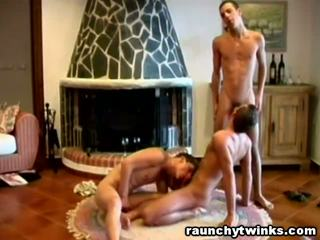 Threeway Gay Cock Sucking Experience