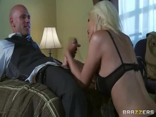 Bezmaksas liels zīle blondīne uz mežonīga sekss darbība