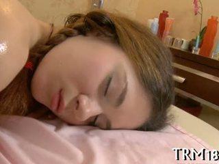 Waking üles a magamine hiiglane
