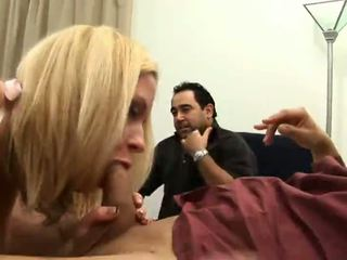 blowjobs, cô gái tóc vàng