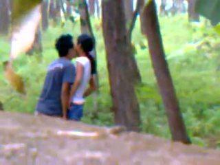 Desi приятелка на открито чукане с boyfriend