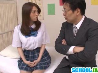 Teenager školačka rui tsukimoto