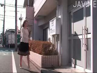 брюнетка, японський, скінчив