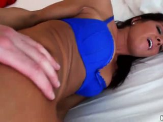 Sexy lavire prapanicë fucked