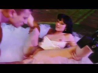 Σέξι μωρό ava rose gets αυτήν μουνί eaten και swallows ένα μεγάλος σκληρά καβλί