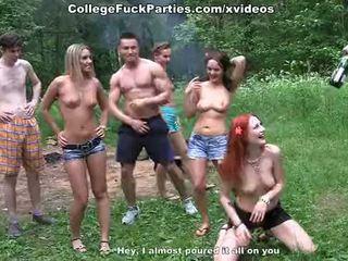 Filthy đại học sluts xoay an ngoài trời bên trong hoang dã quái fest cảnh 2