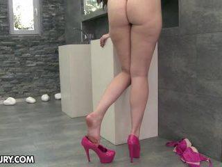 吃她的腳, 戀足, 性感美腿