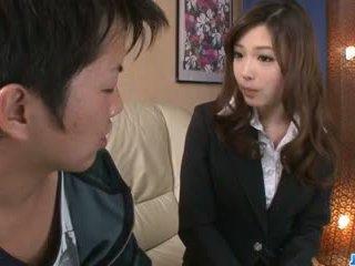 ดื้อ ออฟฟิศ ใช้ปากกับอวัยวะเพศ โดย เซ็กซี่ aiko hirose: ฟรี โป๊ 22