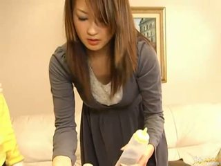 Японська av модель смокче пеніс