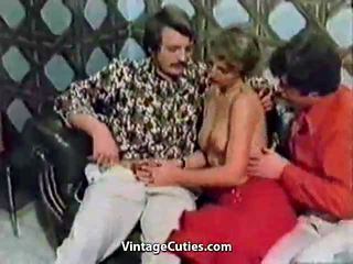 चूसना, समूह सेक्स, मार - पीट