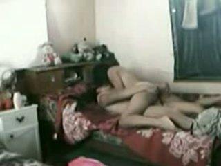 インドネシアの メイド とともに 彼女の パキスタンの boyfriend