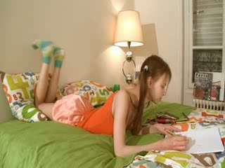 Ilkeä homework of fiksu teenager