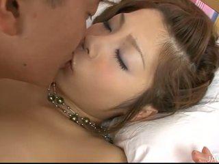 男孩 shafts 他的 泰国 女孩
