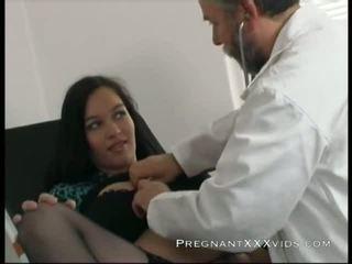 Grávida médico examination