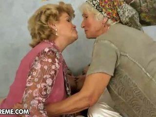 奶奶, 女同性戀, 媽媽和青少年