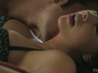 Chanel preston shares um apaixonado romp