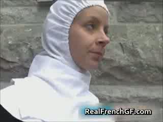Slutty pranses madre fucked outside pornograpiya