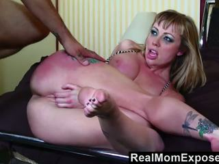 Realmomexposed Hot Tattoo Mom gets Fucked in the Ass.