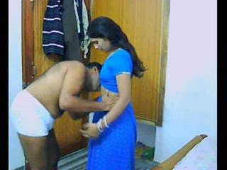 इंडियन pair onto उनके honeymoon chewing और bonking