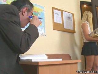 कमबख्त, छात्र, कट्टर सेक्स