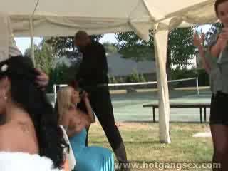 Wedding gangbang heats up