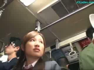 ออฟฟิศ ผู้หญิง getting เธอ ขนดก หี fingered ในขณะที่ standing บน the รถบัส