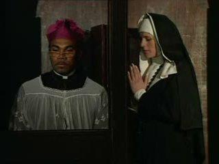 이 수녀 sins 과 해야 confess
