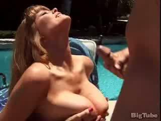 Darla crane titty fucks ve sucks deli outdoors