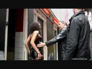 The juodas skinned prostitutė
