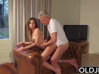 Eski ve genç porn - arjantinli seçki becerdin tarafından eski adam ve swallows emzikli