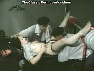 Alexis greco, bambi allen, κρύσταλλο breeze σε κλασσικό πορνό θέση