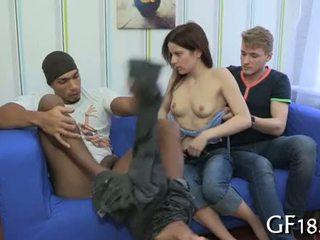 Efter getting undressed av detta guy före henne boyfriend