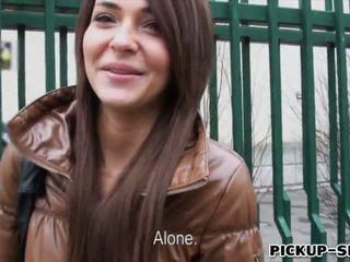 Alexis brill swallows warm sperma už pinigai