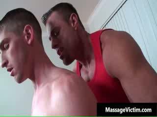 Caliente y cachonda dude gets la masaje