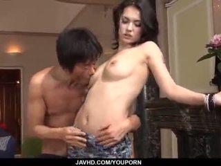 Erstaunlich maria ozawa receives two cocks drinnen sie