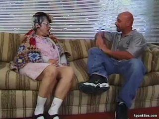 Бабуся gets reamed по молодий людина