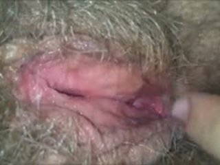 Licking 她的 毛茸茸, 湿, 奶奶 的阴户